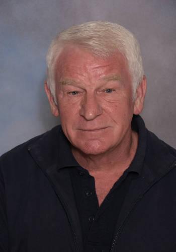 Alan Farr